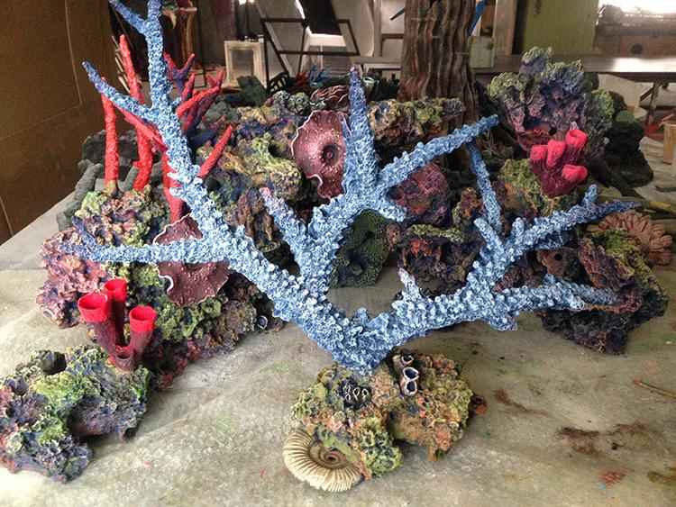Коралл на подставке