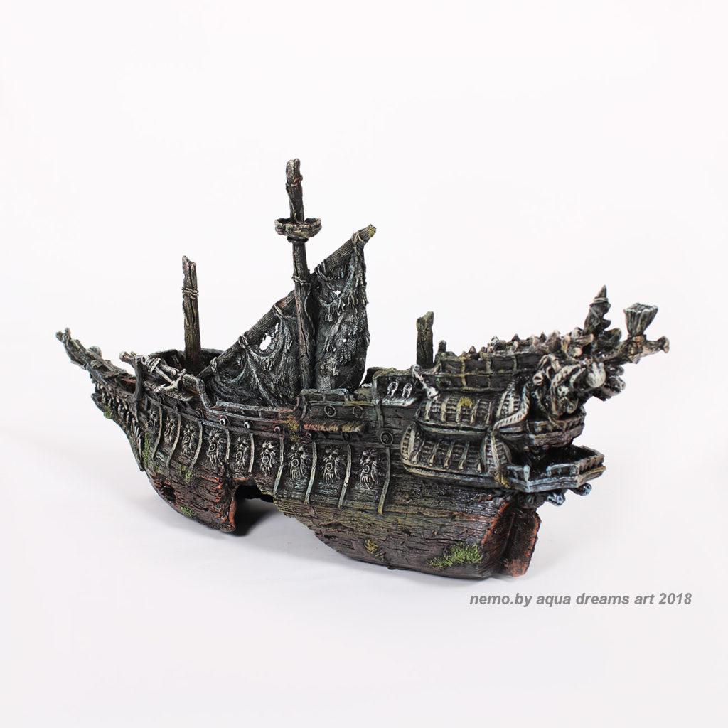 Корабль для аквариума