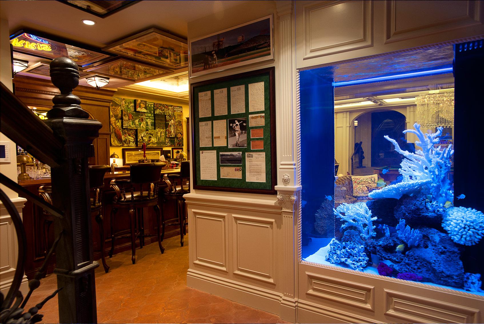 Мебель для аквариума. Древесный массив.