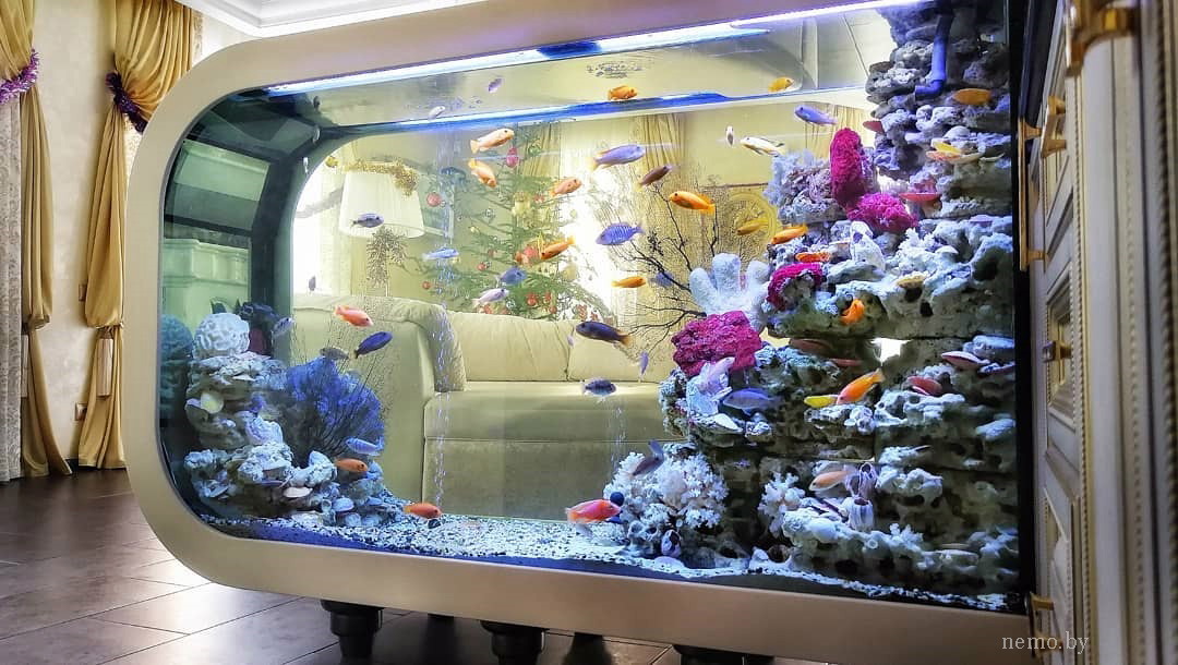 акриловый камень в аквариуме